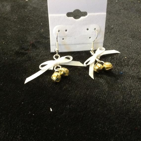 White Cristmas Bell Earring