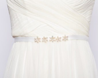 Wedding Sash: Sweetheart Daisy Sash