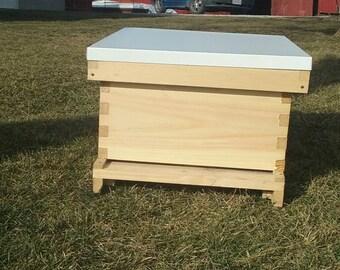 Bee hive 1 deep w/frames Assembled