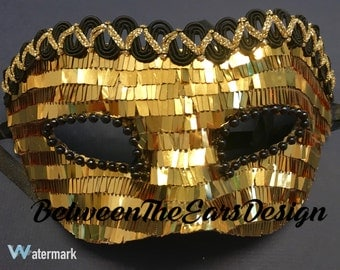 Masquerade Mask: Gold and Black Sequin!