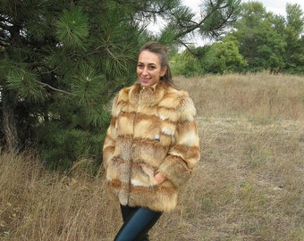 fur coat,fox fur coat. Handmade. A good coat.