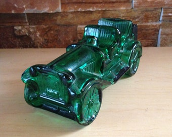 Avon collectible bottle - Vintage Avon car bottle in emerald green - Tai Winds Aftershave 1973 70s