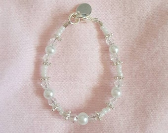 Clear diamond and pearl bracelet