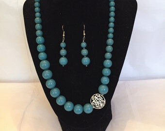 Jewelry Set/Teal Touch of Silver Necklace and Earrings Beaded Set