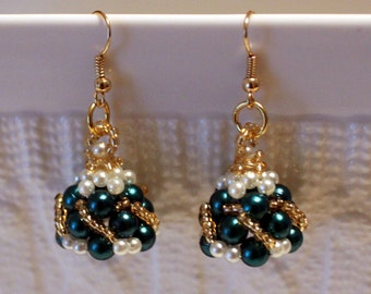 Cute pearl earrings in Green & white; handmade, beadweaving, colorful