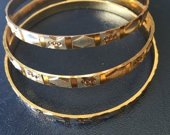 Hammered textured bangle!!