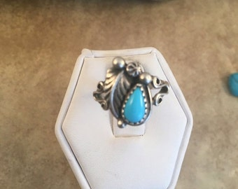 ON SALE Vintage Navajo Sterling Silver & Turquoise Ring Size 6