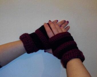 Crochet fingerless gloves,Crochet Pattern,Wrist Warmers, Hand knitted,Fingerless Mitts.colors,handmade knitted gloves