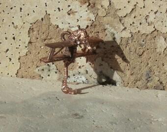 Tidal Seahorse relic pendant 1