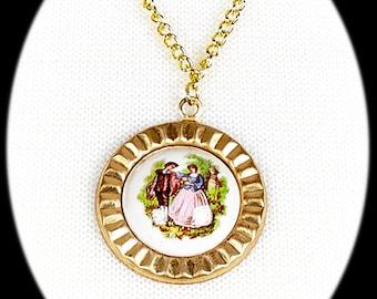 Porcelain/Gold Medallion necklace