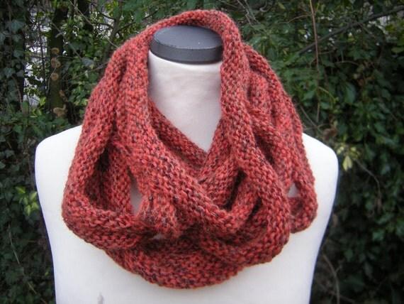 Loop scarf, infinity scarf
