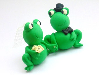 Frog Wedding Cake Topper, Wedding Frogs, Bride and Groom Frogs, Animal Wedding Topper, Cute Wedding Cake Topper