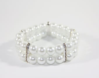 Bridal Double-tiered white pearl bracelet with Swarovski spacers