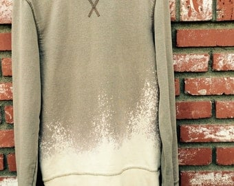Acid Washed Sweatshirt - Medium