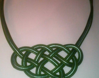 Malachite Celtic knot leather necklace
