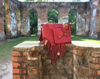 Red Messenger Bag 'Voyager' by Brock