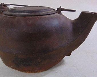 Cast Iron old Tea Kettle with Swivel Lid