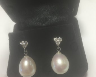 Dressy GENUINE PEARL D Earrings for the Bride