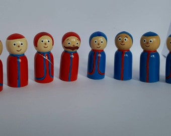 In the Night Garden Pontipines and Wottingers wooden peg dolls