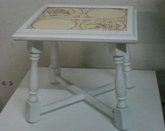 Coffee table floating shabby small white