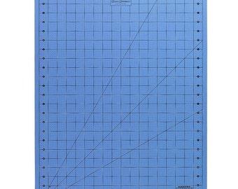 """Fiskars 12-39777097J 18"""" x 24"""" Donna Dewberry Cutting Mat 3pcs."""