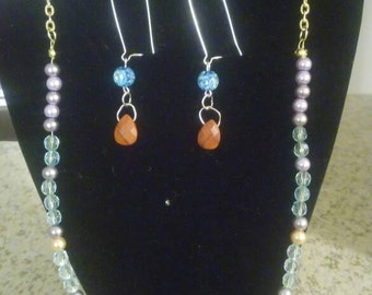 Acrylic beaded and agrate stone earrings and necklace set