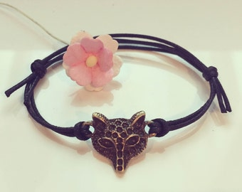 Fox bracelet in black, forest, wisdom, suppleness, clever, stealth, fertility, intelligence