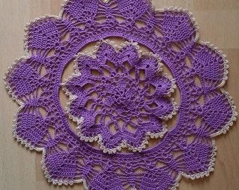 Flower crocheted doily