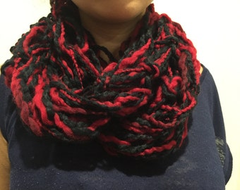 Short red and black infinitive scarf