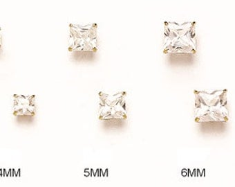 14K Pure Solid White/Yellow Gold Basket Princess Cut Triple A Cubic Zirconia Screw-Back Stud Earrings (Available in Multiple Sizes) #S91575