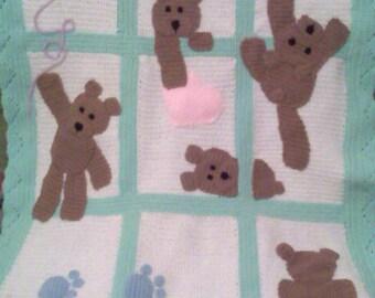 Crochet baby blanket - perfect gift