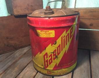 Vintage Midwest Company Gas Can/Vintage Gas Can/Old Gas Can/Metal Gas Can/Red Gas Can/Metal Can/Vintage Can/Large Gas Can/Gas Cans/Old Gas