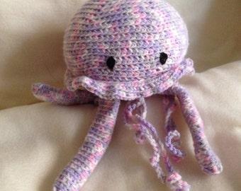 Crocheted animal Mira JellyFish