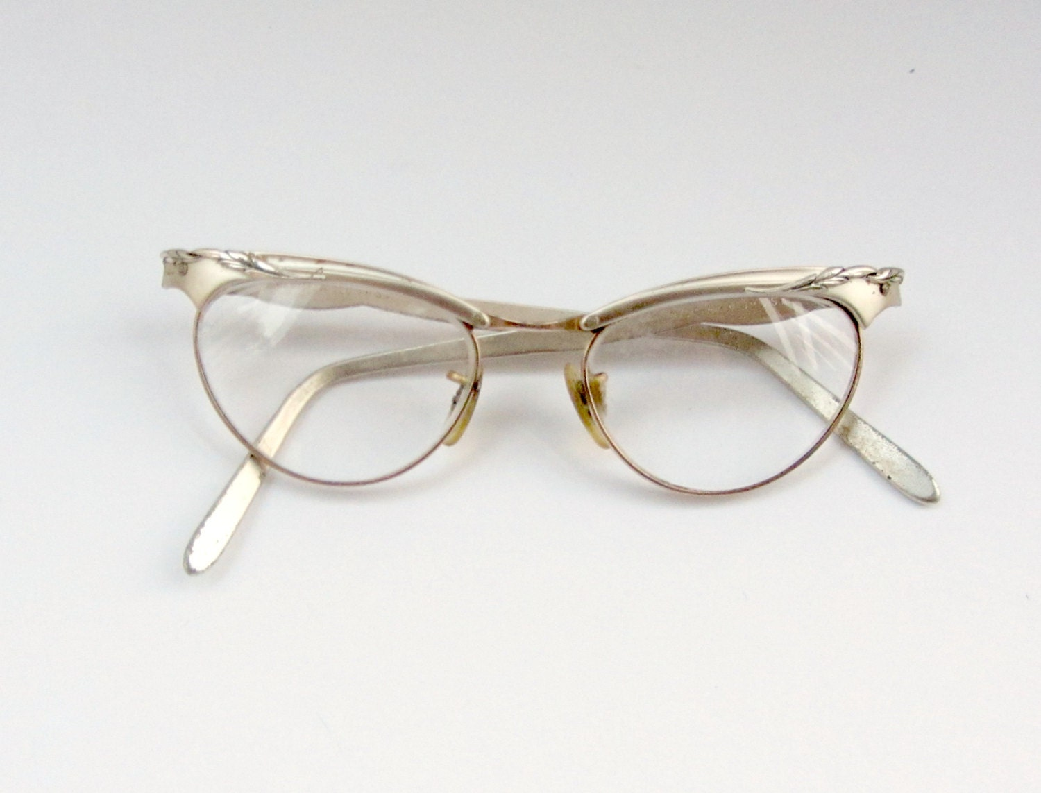 Wire Frame Glasses Vintage : Vintage 50s Cateye Glasses Metal Frame Eyeglasses 1950s Eye