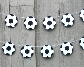 Soccer Ball garland, Soccer party decorations, Soccer ball, Black and White, Sports party decorations, shower party, Sports ball, Soccer