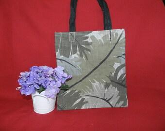 Leafy Green Canvas Tote