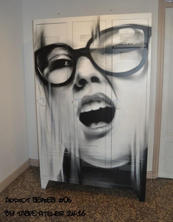 Mobilier industriel vestiaire casier street art tolix - Le loft portes les valence ...
