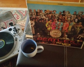 No.1   The Beatles  Sgt. Pepper's Lonely Hearts Club Band   The Greatest Vinyl Album of All Times