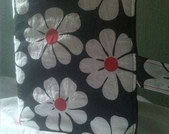 Daisy Pattern Book Cover (A5)
