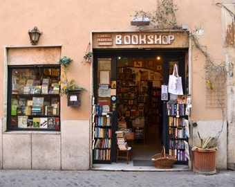 Digital Photography Download Bookshop Trastevere, Rome, Italy