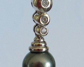 Pendant, white gold 18 CT, diamonds, Pearl r.