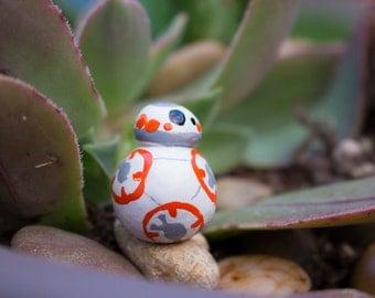 Mini BB8 Droid Start Wards Sculpture / Figurine - Handmade and Handpainted Decor for your Terrarium, Fairy Garden or Desk
