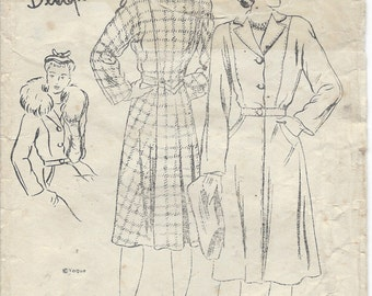 "1940s Vintage VOGUE Sewing Pattern COAT B34"" (117)  Vogue S-4372"