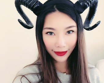 Black Horn Demon Nymph Ram Horn Headdress Diablo