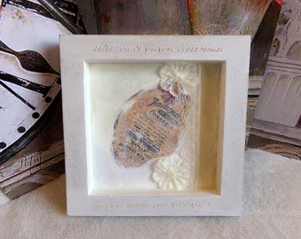 Empty pocket or romantic shabby chic wooden frame