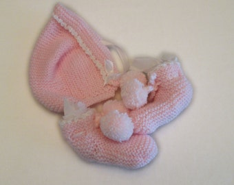Pastel Pink Baby Bootie and Hat Set