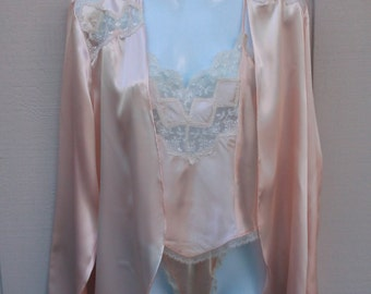 Vintage 80s Victoria's Secret Pink 3-piece Robe, Panties and Camisole Set // Size Sml