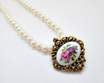 Pearl and Porcelain Vintage Necklace - Avon Victorian Romance Porcelain Vintage Necklace - Avon Vintage Pearl Jewelry Gift