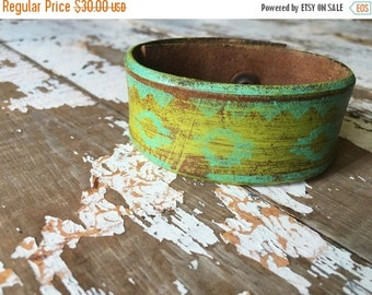 40% FLASH SALE- Custom Leather Cuff-Create Your Own-Word Cuff-Hand Painted-Aztec Design