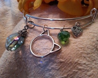 Modern charm bracelet - stackable  - Cat head, heart with paw, silver beads